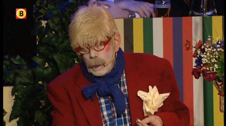 Harry Hens als Tonnie van ut Voeteneind
